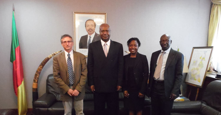 The AEWA and TSU Team meet with the Prime Minister and Head of Government of Cameroon, H.E. Mr. Philemon Yang.