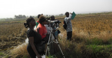 Workshop participants getting trained on the identification and monitoring of waterbirds
