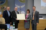 The European Commission being awarded Migratory Species Champions © IISD